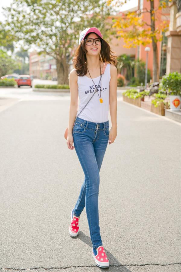 mac-quan-jeans-